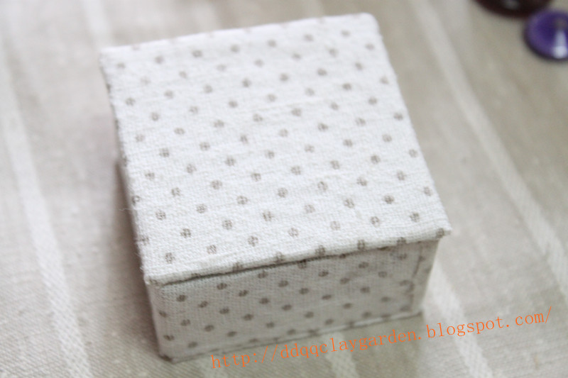 Memory Box with pokka dot